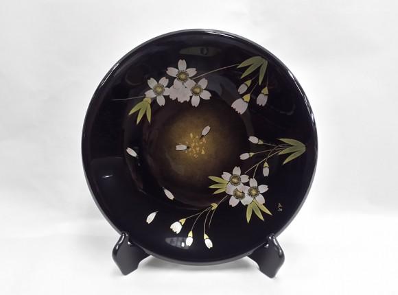 Sakura (Cherry Blossom) Ornamental Plate (Decorated by Japan Fine Arts Exhibitor Ritsuzan Tomita